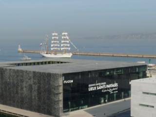 Marseille vue sur Mucem et la mer