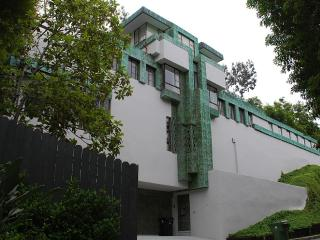 Samuel Novarro House, Los Angeles