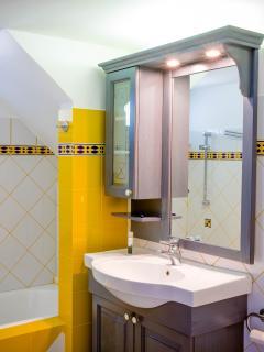 Bathroom | Montana Sea View Villa Naxos