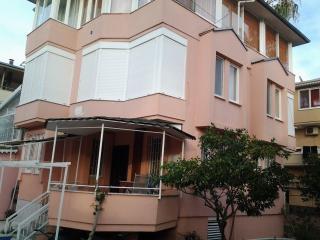 VİLLA ZAFER, Konakli