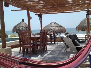 AMAZING 3 Bdrs. BEACH FRONT Ground Floor, Playa del Carmen