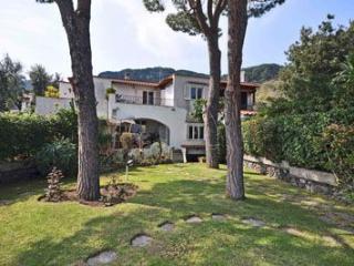 Villa Ischia 4 a 5 persone, Ischia Porto
