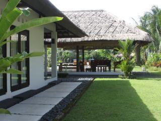 Villa Carpe Diem, Batu Layar