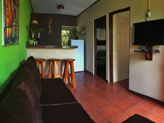 Fully Furnished Alartment & A/C #4, La Fortuna de San Carlos