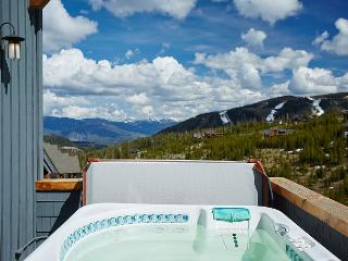 Ski-in, Ski-out Moonlight Lodge Penthouse 1 with Lone Peak Views, Big Sky