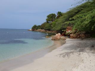 VILLA BONITA-the SUN & WATER LOVER'S PARADISE!!
