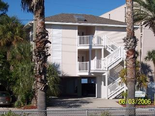 Pristine 3 Bedroom Condo - Steps to the Beach July & August Specials Call Now