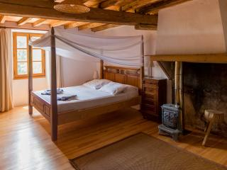 Les Gascous a beautifully renovated 5 bedroom 14th Century Farmhouse