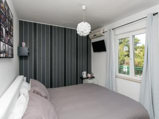 Apartments Villa Fontana - Double Room with Sea View (Room 7), Cavtat