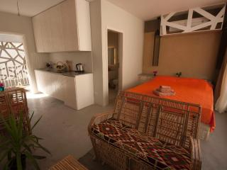 Studio with side sea view and balcony, Dahab
