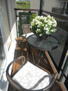 Lovely balcony with all day sunny aspect
