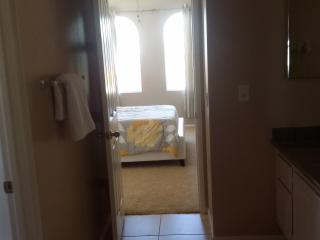 room for rent in deserthotsprings...gated communit, Desert Hot Springs