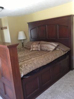 KING BEDROOM #2 WITH FLAT SCREEN HD TV