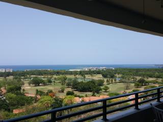 Wyndham Rio Mar Resort Cluster 7 villa 4/4, Río Grande