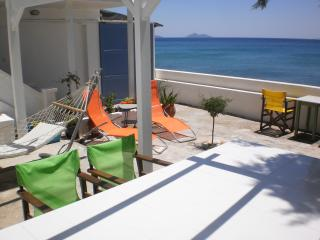 LIVING ON THE SEA SAMOS BEACH HOUSE