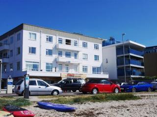 Flat 10 Sandacres (B047), Bournemouth