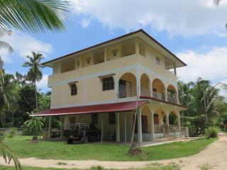 Yan  Guest House Kho Phangan, Ko Phangan