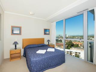 2 bedroom city view apartment - 2, Labrador