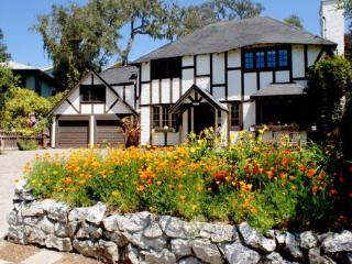 Tudor Rose Manor, Aptos