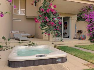 Luxury apartments with garden, Granadilla de Abona