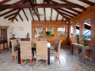 Saint-Martin Villa Shark 4 Bedrooms, Cul de Sac