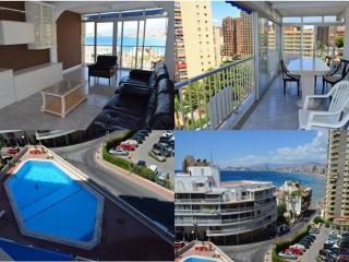 Levante and Rincoin Halcon 'Great Swimming pool', Benidorm