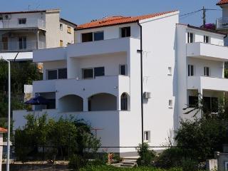 Apartment Dinko 3