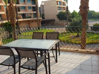 Caesarea Neot Golf suites