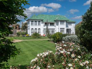 Marine Villa, The Art Deco House UK, Isle of Wight