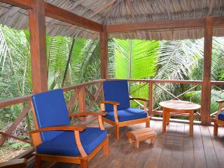 Cozy Eco Jungle Accommodation, San Ignacio