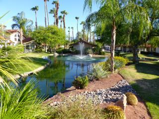 Desert Falls Country Club, Spanish 1-story Villa 2+2 Palm Desert