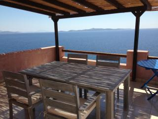 Naxos Edge Resort. Cyclades Coast seafront Villa