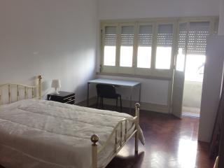 Big Sunny Rooms at Avenida da Liberdade, Lisbona