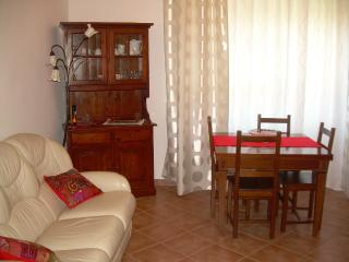 "Arona-Lake Maggiore: Pretty Apartment ""Corallo"""