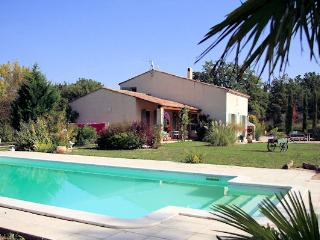 Trest, between Aix-en-Provence and the sea, Villa 8p. private pool, Trets