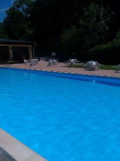 Heated swimming pool open from Easter to early September.   Also poolside bar, shop and cafe.