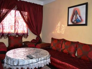 Nice apart.  very well furnished Wifi, Marrakech