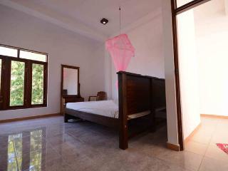 Room 4 inside