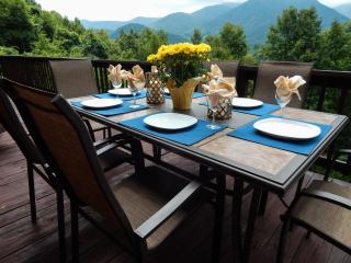 New Listing Majestic Views Close to Skiing, Maggie Valley