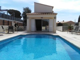 Beautiful Hillside Property - VILLA MUNTANYA Wi-Fi, L'Escala