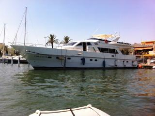 golden dream yacht hotel, Empuriabrava