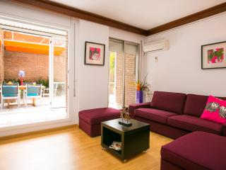 3 Bedroom Apartment. City Center. Private Terrace, Barcelona