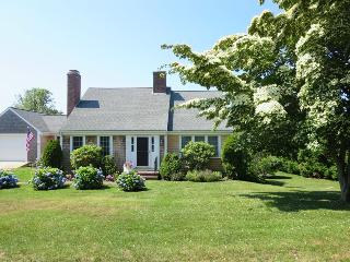 13 Monomoy Circle Chatham Cape Cod - BreakAway