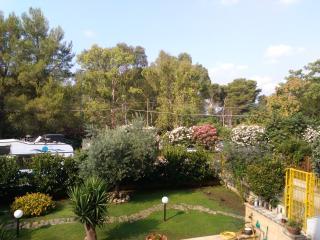 bilocale immerso nel verde, Lecce