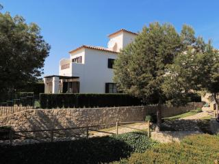 Los Olivos, 3 bedroom villa with shared pool, Benidorm