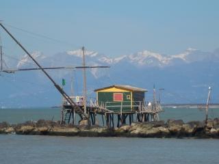 abbraccio impetuoso del vento e del caldo sole, Marina di Pisa