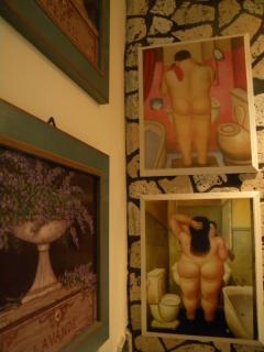 Particolare decorazioni interne al bagno padronale