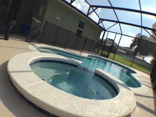 K2 Paradise - close to the parks and private pool, Kissimmee