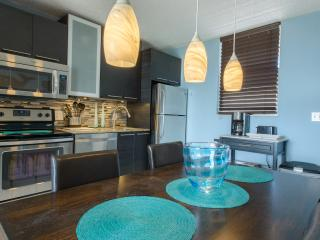 Beautiful Modern 10th Floor Loft Condo on Bonita Beach!