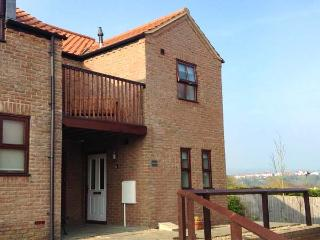 BUFFERS, family-friendly riverside property, close amenities and harbour in Whitby, Ref 917963